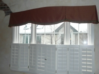 3-kitchen-2 Arched Box Pleat Valance with matching buttons on pleats and contrasting decorative ball fringe