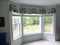 bay-window-flat-center-valances-with-gathered-centers-ends-board-mounted