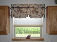 Scallop Valance with horns and decorative knotted cording