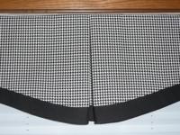 Box Pleat Valance with Scalloped bottom
